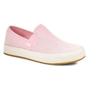 UGG - Pink Slip on Women's Shoes